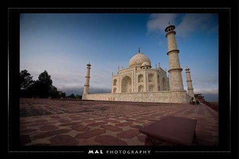 Photo by Muhammad Lila