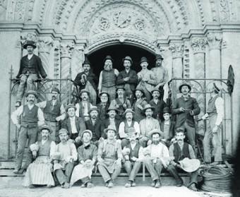 University of Toronto Archives/Robert Lansdale Photography Ltd. (B1998-0033/[731096-2])