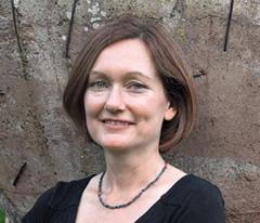 Jeannie Marshall (BA 1993 Woodsworth) is the author of Outside the Box: Why Our Children Need Real Food, Not Food Products