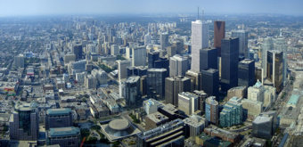 Downtown_Toronto_from_CN_Tower_480