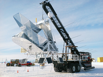 NASA prepares the launch of a balloon-borne telescope from Antarctica, in 2012