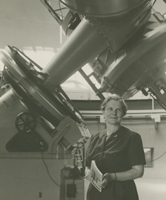 Helen Hogg with telescope