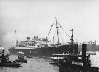 """The """"St. Louis,"""" carrying more than 900 Jewish refugees, waits in the port of Havana. The Cuban government denied the passengers entry. June 1 or 2, 1939. Photo from the United States Holocaust Memorial Museum, Washington, DC."""
