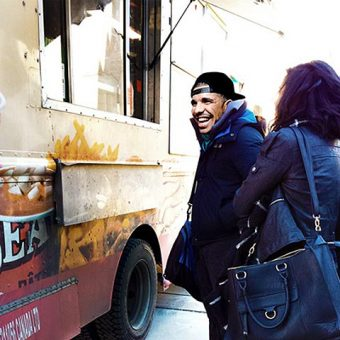 Photo of Drake ordering at a food truck