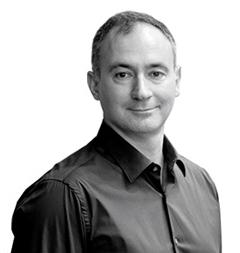 Headshot of Michael Serbinis