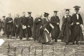 Students at convocation 1916
