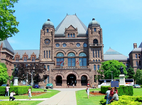 Should this view of Queen's Park be preserved? Photo by Emma Lagunday, http://www.flickr.com/photos/httpwwwflickrcomphotos_emma