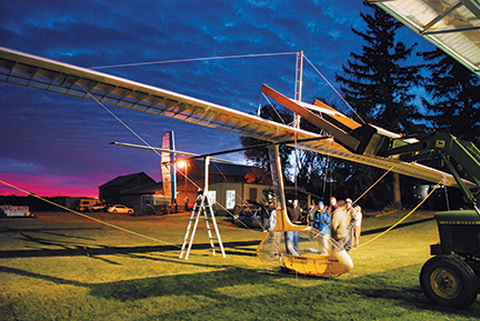 Photo of the ornithopter.