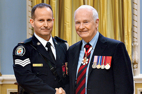 Photo of Jeffery Alderdice with Governor General David Johnston.