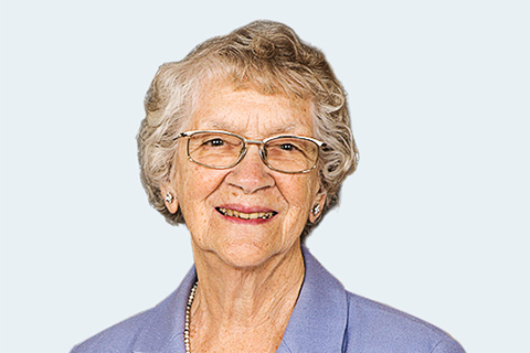 Photo of Vera Tomkins.