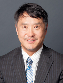 Photo of Francis Shen.