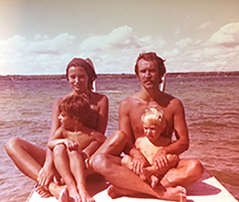 Margaret Russocki, husband Stan and children Ania (left) and Martin on vacation, circa 1975